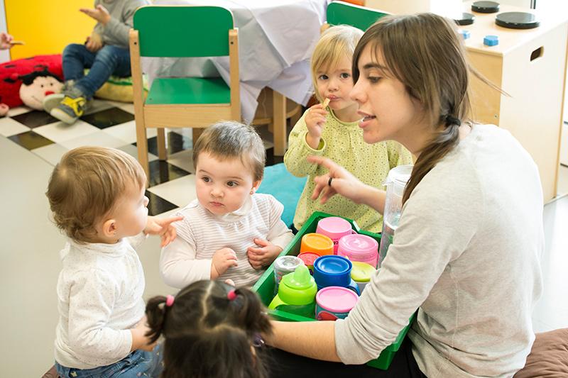 Escuela-Infantil-de-Oteiza-Hora-del-vaso-de-agua